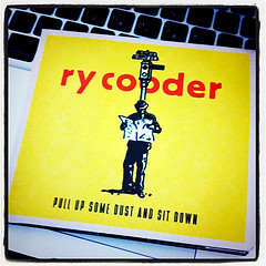 Pull Up Some Dust & Sit Down 【Ry Cooder】